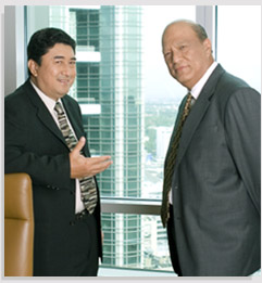 Jacinto V. Paras, chairman of the Philippine National Oil Company Exploration Corporation (PNOC-EC) hopes for the lowering of prices of cooking gas, in three years, if the Malampaya project succeeds.